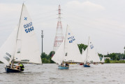 Sponars lead Tovells downwind (LK Photo)